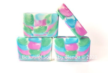 Clamshell technique soap